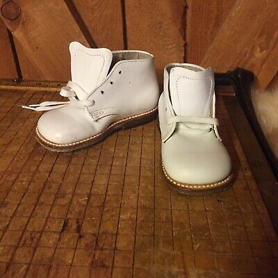 CHILD LIFE Baby Shoes 3.5B White Boots Leather NOS NEW Antique Vintage 1940s?