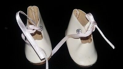 Vintage Dolls Shoes -  white - 5 cm x 2.5 cm,