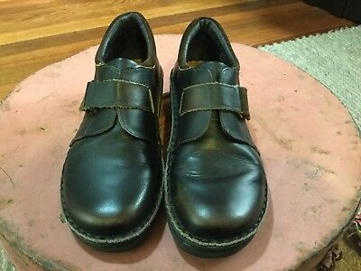 Women's Dark Brown Leather NAOT Flat Shoes Padded Back  Size 37