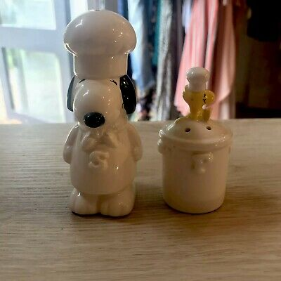 Vintage Snoopy Salt And Pepper Shakers Rare