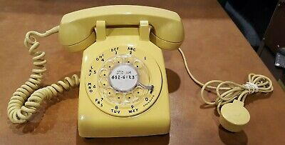 Vintage Western Electric Rotary Dial Phone 500DM Bell System Yellow Tested 1970