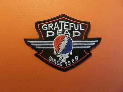 GRATEFUL DEAD red & BLACK Embroidered 2-3/4 x 3-5/8 Iron On  Patch
