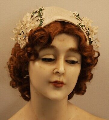 WHITE FLOWER ,ORIGINAL VINTAGE 1950s WOMENS  HAT. POST COST ON APPLICATION