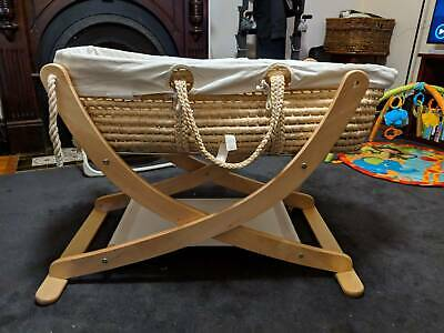 Seed Organic Pod Bassinet - great condition