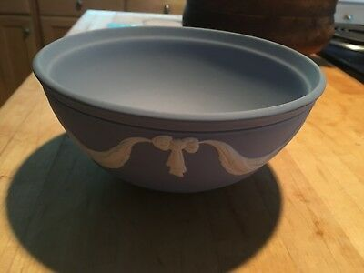 "Wedgwood Jasperware Large 8"" Pale Blue Ties and Bows Sacrifice Bowl NICE!"