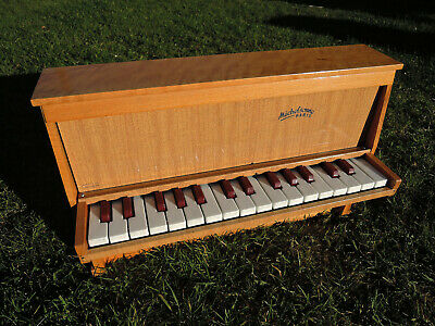 RARE TOY PIANO JOUET MUSICAL MICHELSONNE PARIS 30 touches TBE / MINT see VIDEO