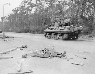WW2 WWII Photo M10 Tank Destroyer  in Action in Germany World War Two / 2108