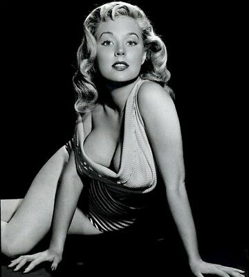 WW2 Photo WWII Betty Brosmer  Pinup Girl  1950's Centerfold  World War Two/ 8034