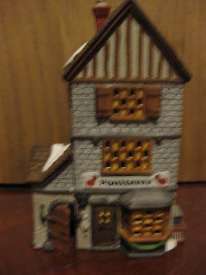 Dept 56 POULTERER  Heritage Collection Dickens Village Series  #5926-9 Year 1988