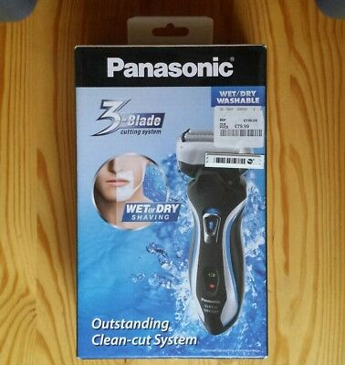 Boxed Pansasonic Electric Shaver, Wet or Dry, 3 Blade Cutting System ES-RT33-s