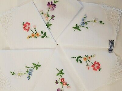 VINTAGE Boxed Set of 6 EMBROIDERED COTTON HANDKERCHIEFS Hankies Switzerland Flor