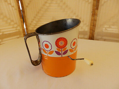 "Vintage / Retro Kitchenalia - ""willow"" Brand Flour Sifter."