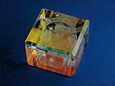 National Mall Washington DC Holographic Paperweight shows Captial WH Memorials +
