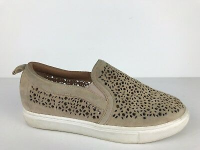 1ee7729b382 Caslon Perforated Slip On Loafer Casual Walking House Shoe Beige Leather 6 M