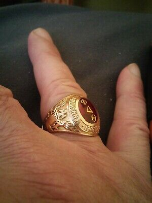 10K Gold Vintage College Ring By Balfour 1942 .A Beautiful Ring 13.60 Grams .