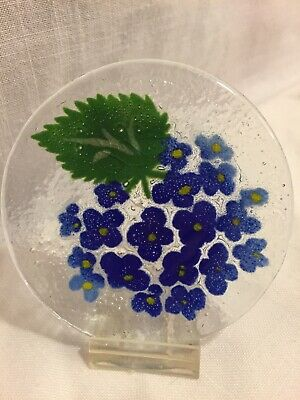 """Fused Glass Mini Small Plate Round 4"""" Blue Flower & Leaf design"""