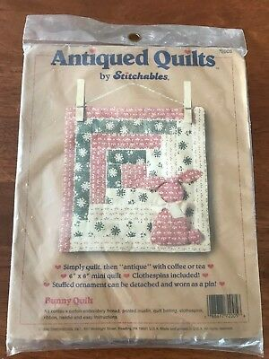 """1990 antiqued quilts by stitchables bunny quilt 6"""" x 6"""" & detachable bunny pin"""