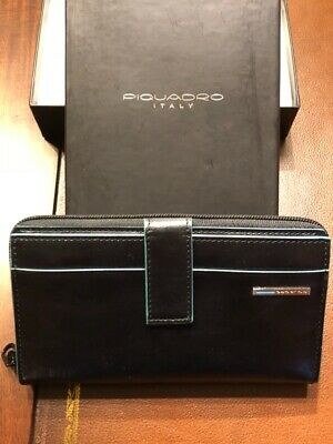 Piquadro Blue Square Ladies Black Leather Wallet with coin pouch PD1354B2/N