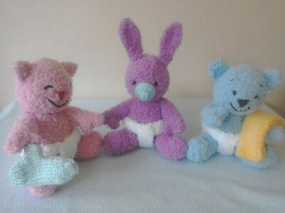 Handknitted 3 Cuddly Baby Animals Called Wuv You From An Alan Dart Pattern