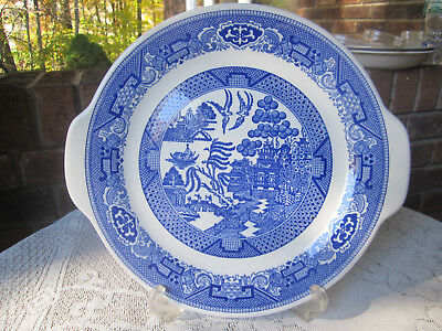 VINTAGE BLUE WILLOW WARE PLATE by ROYAL CHINA UNDERGLAZE  CHOP CAKE NICE !