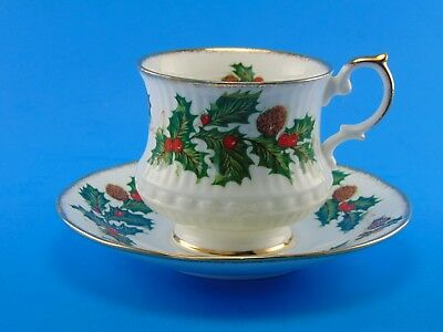 Rosina Queens Yuletide Fine Bone China Porcelain Teacup Saucer Gold Crockery