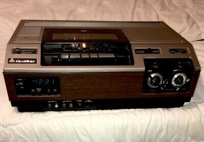 Vintage Quasar VH5015SW VHS / VCR Player / Recorder w/ UHF - VHF / Made In Japan