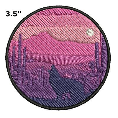 Wolf Embroidered Patch Iron-On Souvenir Travel Explore Natures National Parks