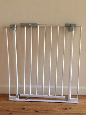Child Safety Stellar LED Gate - PERMA (Extensions included)