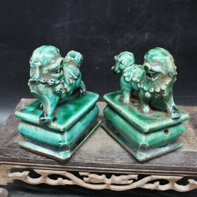 Chinese Old Marked Green Figure Glazed Pair Porcelain Foo Dog Curve Palace Lion