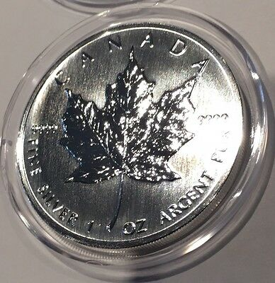 1990 Canadian Maple Leaf Canada 1 Troy Oz .9999 Fine Silver Collectible Coin Old