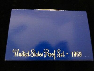 1969 PROOF Mint Set has 5 coins, San Francisco Mint in Original Packaging