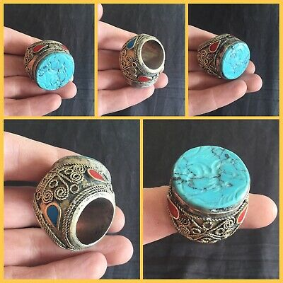 Large post Medieval Near Eastern silver and turquoise ring (large)