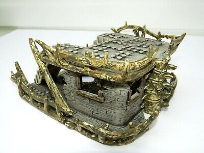 MEGA BLOKS PYRATES Dread Eyes Phantom Pirate Ship Parts Bow