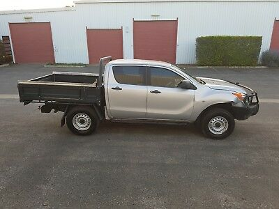 2011 Mazda BT50 turbo diesel 4x4 3.2L 5cyl repairable damage drives ford ranger