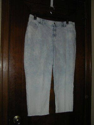 Chico's Platinum Broken In~Faded~Stained Look Denim Capris Sz 3 (16) Crop 0518