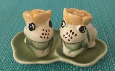 Frogs On Lily pad Salt And Pepper Shakers.