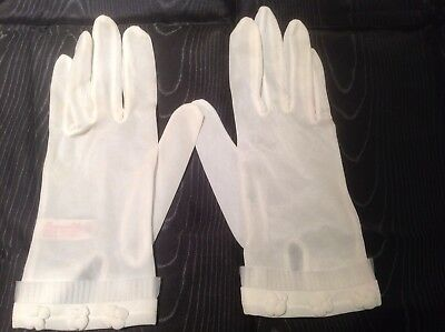 VINTAGE 'PERSONALITY' SHEER IVORY WHITE SHORT WRIST DAY GLOVES Size 7.5
