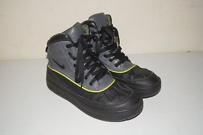 low priced 66324 69350 Nike Boys Woodside Black Grey High ACG Size 7Y Boots 524872-002