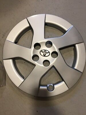 "1-New Toyota Prius Hubcap 2010-2011 15"" Chrome Emblem Wheel Cover Hub Cap"