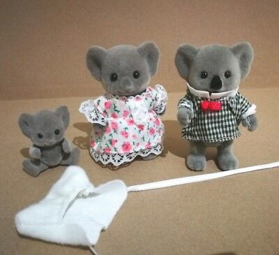 Sylvanian Families - Koalas With Baby In Pouch