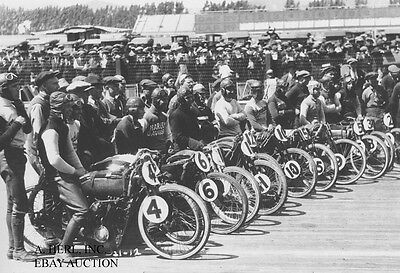 Harley Davidson V-twin line up Beverly Hills Board Track 1927 motorcycle photo