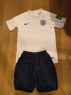 18/19 England Football Home Kit - shirt and shorts - World Cup sleeve patches!