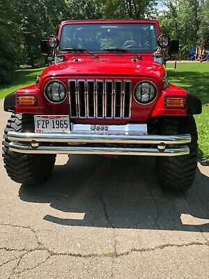 2001 Jeep Wrangler TJ 2001 Jeep Wrangler TJ, Custom, 2 door lifted show Jeep, soft top, Manual