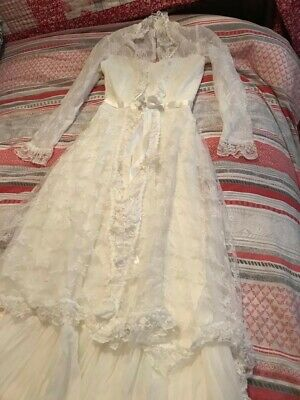 Vintage Retro Lace Wedding Dress approx Size 8