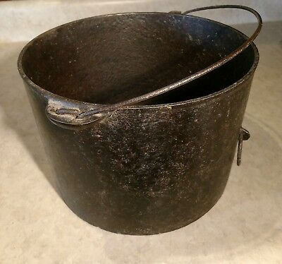 Antique 1890's #7 Block Letter WAGNER Cast Iron Pot Kettle Bail Handle Hook Ring