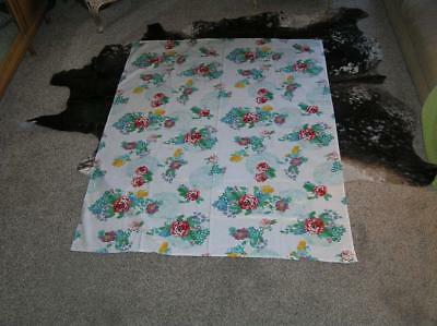"""Pioneer Woman Town and Country Floral Tablecloth 53"""" x 68"""""""