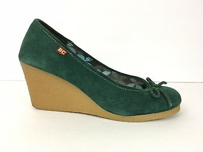 2a8c2b8bbb5 BC Footwear Womens Wedge Heels Shoes Green Suede 7.5 Bows 4