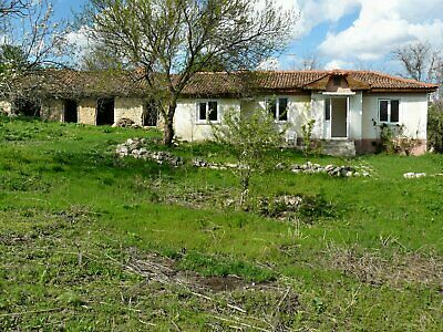 Lovely house in quiet Bulgarian village, close to Dobrich and Varna