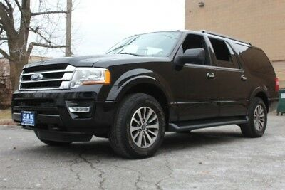2017 Ford Expedition XLT 4x4,MOON ROOF,RUNNING BOARDS,REAR CAMERA ECOND ROW BENCH SEAT, REAR CAMERA, REAR CLIMATE CONTROL, BLACK ON BLACK !!!!!