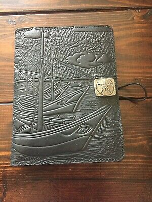 Barnes & Noble Nook Touch GlowLightw/HANDCRAFTED LEATHERCOVER2GB,Wi-Fi,6in